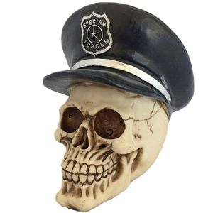 Caveira-Decorativa-Chapeu-Policial