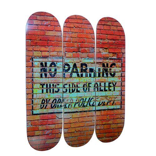 placa-skate-decoracao-parede-no-parking-01
