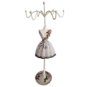 porta-joias-retro-vestido-bege-com-flores-01