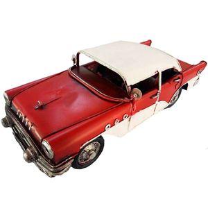 Miniatura-Decorativa-Carro-Em-Metal-Vermelho-Com-Capota-Branca
