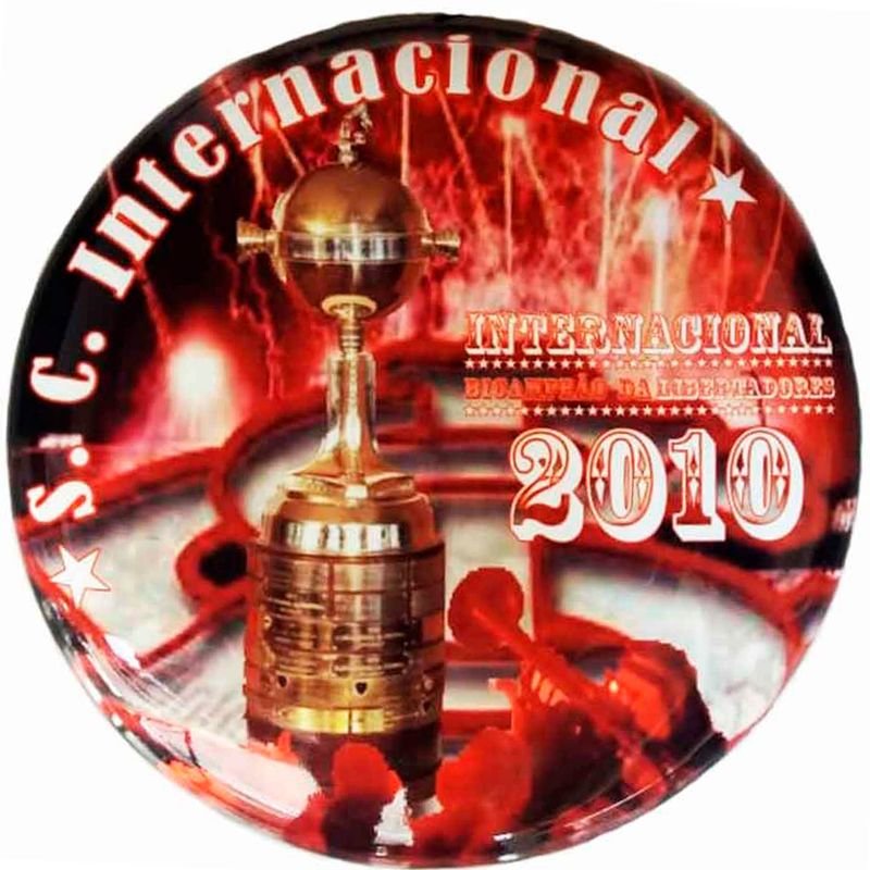 escudo-decorativo-de-metal-internacional