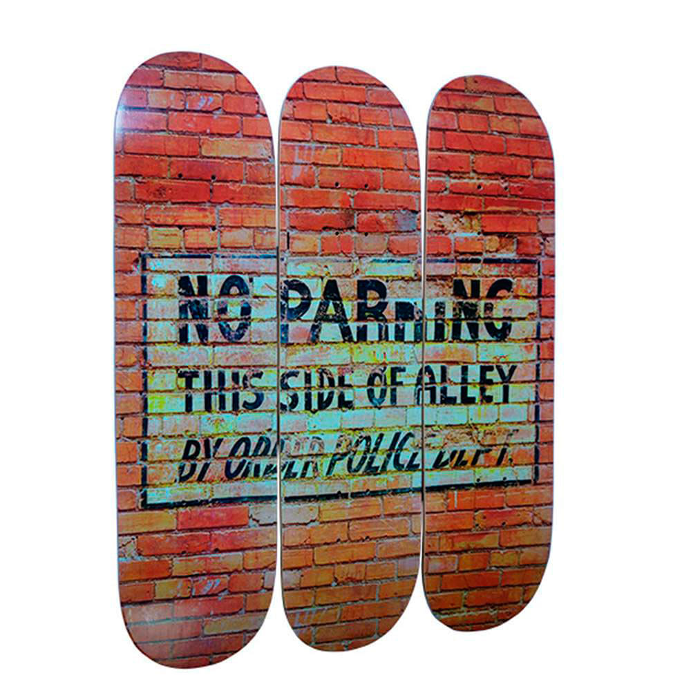 placa-skate-decoracao-parede-no-parking-01