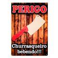 180137placa-decorativa-mdf-perigo-churrasqueiro-bebendo-01