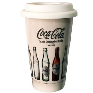 Copo-de-ceramica-Coca-Cola-in-the-distinctive-bottle-01